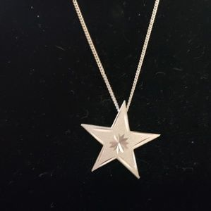 Jewelry - Star Necklace with Pretty carved detail